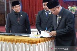 Pemkab dan DPRD HSS sepakati Raperda APBD 2020 menjadi Perda