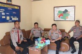 Kapolda Banten   Irjen Pol Tomsi Tohir kunjungi Polsek Penggarangan dan Bayah di Lebak