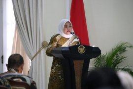 Menaker Ida Fauziyah ajak investor energi kembangkan listrik Indonesia