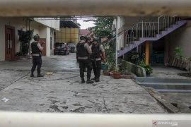 Penggeledahan KPK di kantor pengusaha Pekanbaru diduga terkait korupsi Bupati Bengkalis
