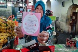 Akikah cucu Presiden, paket makanan dibagikan ke pedagang Pasar Gede Solo