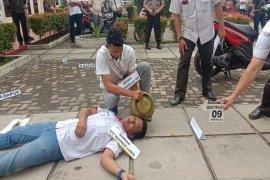 26 adegan rekontruksi pembunuhan guru SD di Tebing Tinggi