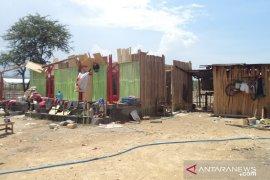 Angin kencang rusak 100 rumah di Kupang Tengah