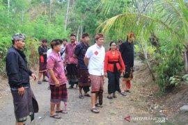 Wakil Bupati Jembrana janji jalan rusak Desa Berambang baik tahun depan