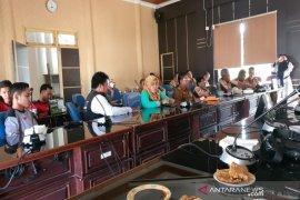 DPRD Balangan ajak masyarakat berpartisipasi bantu warga Pulau Sebuku