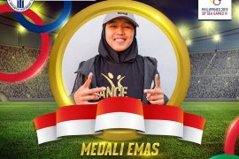 Atlet Cindy jadi yang pertama kumandangkan Indonesia Raya lewat dancesport