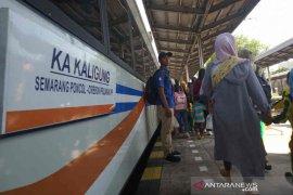 Masyarakat antusias  rute KA Kaligung dari Semarang sampai Cirebon