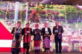 Promosikan pernikahan adat Bali, Wagub Bali kunjungi China