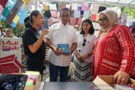 Melalui GoPay, Gojek Mempermudah Pembayaran di Pasar Raia