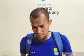 Supardi: Ahmad Jufrianto yang lebih pas isi bek tengah Persib