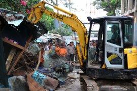 Pemkot Bogor tertibkan ratusan PKL Jalan Dewi Sartika