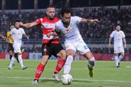 Liga 1: Madura United vs Persebaya 2-3, Bajul Ijo mendekati papan atas