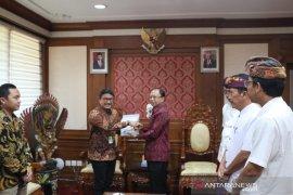 Gubernur intruksikan pasokan BBM jelang Natal-Tahun Baru di Bali aman