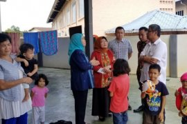 Satu keluarga warga Sumut terlantar di hutan di Malaysia, gubernur perintahkan tim menjemput pulang