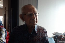 Emil Salim: Pemusnahan 20.000 ton beras akibat kekeliruan kebijakan pangan