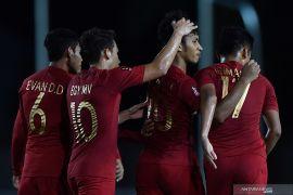 Timnas U-22 Indonesia  terganggu angin kencang imbas topan Kammuri