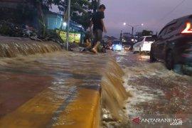 Dinas PUPR segera kaji kondisi drainase jalan protokol