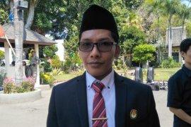 KPU Mataram: Penyerahan berkas persyaratan dukungan perseorangan diundur