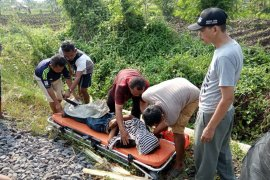 Pejalan kaki tewas tertabrak KA Siliwangi di perlintasan Tanah Lapang Cianjur