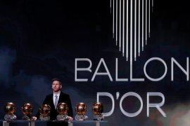 Messi sempat terganggu saat Ronaldo samai rekor Ballon d'Or