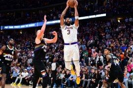 Basket, NBA - Davis dan James pimpin Lakers hantam Nuggets 105-96