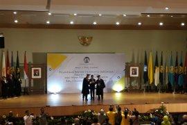 Prof Ari Kuncoro resmi menjabat Rektor UI