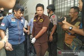 Wanita yang tewas di kosnya di Medan diduga kuat dibunuh