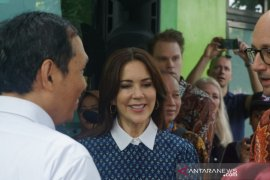 Putri Mahkota Denmark Mary Elizabeth Donaldson tinjau layanan puskesmas di Yogyakarta