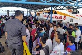 Malaysia deportasi 53 TKI bermasalah lewat Dumai, satu sedang hamil