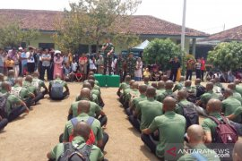 Lima prajurit Suku Anak Dalam jalani pendidikan TNI