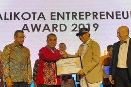Nadjmi Adhani raih Wali Kota Entrepreneur Award 2019