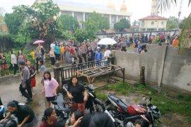 Gereja GKE Putussibau terbakar saat natal anak sekolah minggu berlangsung