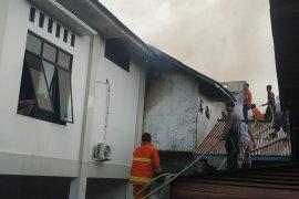 Kebakaran Gereja GKE Putussibau hanguskan bagian belakang gereja