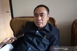 Delapan anggota DPRD Garut pelanggar etik disanksi teguran