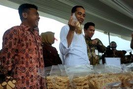 """Dinobatkan  sebagai """"Asian of The Year"""", ini tanggapan Presiden Jokowi"""