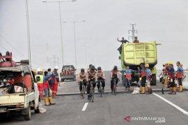Tol layang Jakarta-Cikampek kurangi kemacetan libur akhir tahun