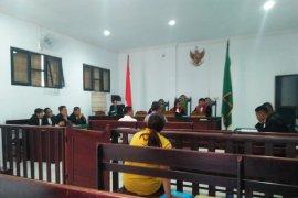 PH minta ancaman hukuman dua tedakwa korupsi diperingan