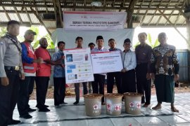 PMI bantu pembangunan toilet untuk korban gempa di Lombok Utara