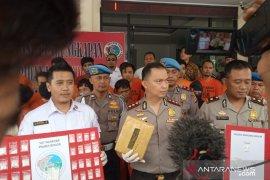 Polisi tangkap siswa di Bogor sedang 'pesta narkoba' dalam kelas