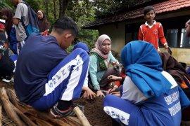 Duta Pertanian Kalbar gelar kelas Bangga Bertani di Lemukutan