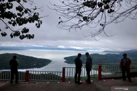 Festival olahraga air pertama di danau supervolcano akan digelar