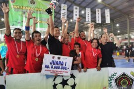 Tim Futsal Wartawan Polda Kalsel pertahankan gelar juara