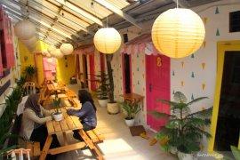 Penginapan warna warni di Malang