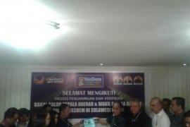 Mantan bupati dan akademisi mendaftar bakal calon Gubernur Sulut lewat Nasdem