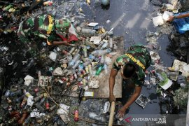 Aksi bersih kanal TNI Page 2 Small