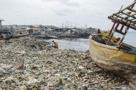 Peneliti: 8,32 ton sampah masuk Teluk Jakarta setiap hari