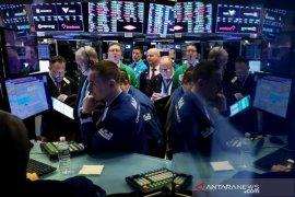 Ketakutan virus mereda, Wall Street cetak rekor  penutupan tertinggi