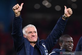 Didier Deschamps perpanjang kontrak sebagai pelatih Prancis