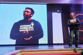 "Dorong UMK di Jabar ""naik kelas"" JNE-Billionaire Coach gelar Seminar 10 X Digital Scale up"