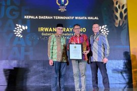 Irwan Prayitno terpilih sebagai kepala daerah terinovatif pengembangan wisata halal versi ASR